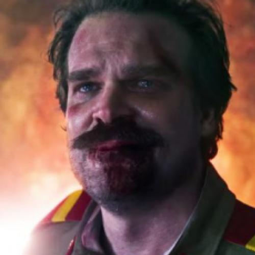 Stranger Things: Ator explica o retorno do personagem Hopper na 4ª tem