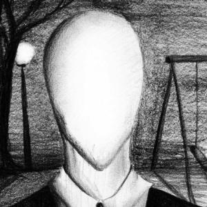O novo e melhorado game do slenderman.