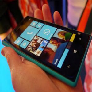 Nokia Lumia 720 com Windows Phone 8 Dual Core 512 MB RAM