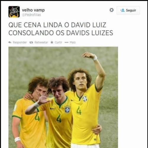 David Luiz Consolando David Luizes