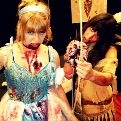 Cosplay zumbi de personagens famosos