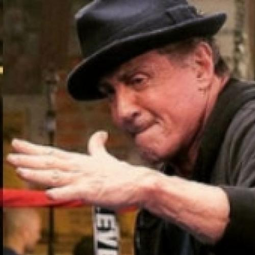 Sylvester Stallone no drama esportivo: Creed, 2016. Trailer legendado.